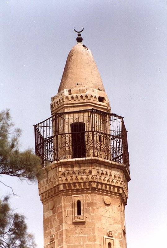 بئر السبع : مأذنة المسجد الكبير في مركز المدينة-2000