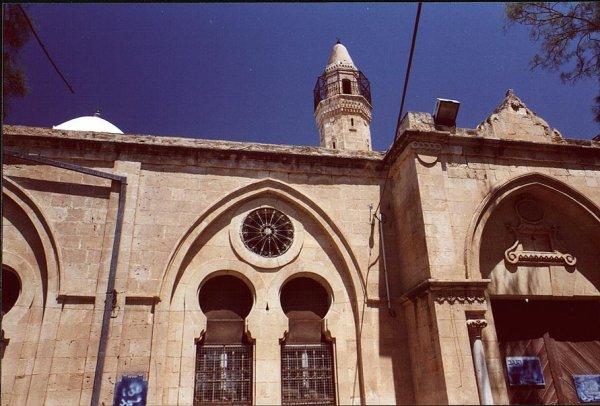 بئر السبع : المسجد الكبير في مركز المدينة