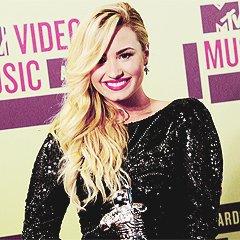 Avatars libre service : Demi Lovato!