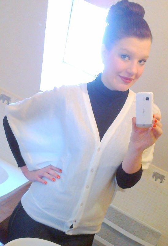 Facebook -->   Victoria Daime .♥