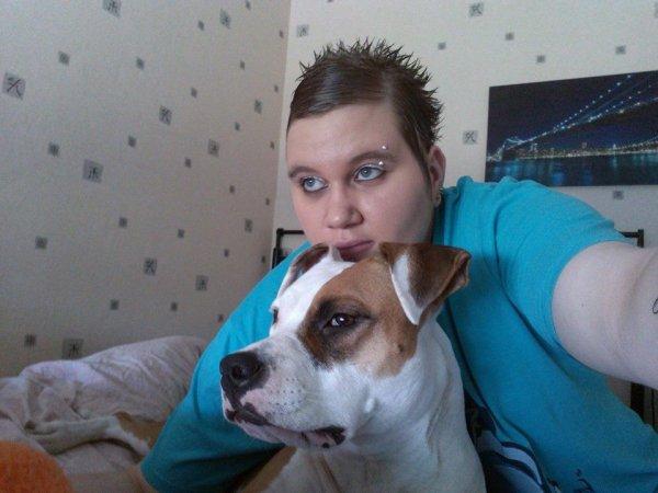 Dur de faire confiance à l'être humain.... Même les aveugles préfèrent se faire guider par des chiens !! Parce que elle est moi on ne fait qu'un ;)