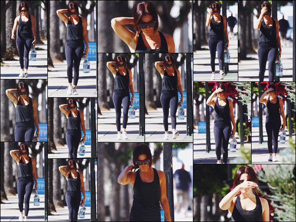 . 23.10.17 : Ashley Tisdale a été repérée se rendant à son cours de gym à la salle Traing Mate dans Studio City. .