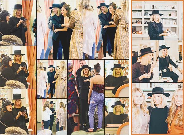 .• 22/10/2018- : Miss Tisdale était présente au magasin «Blushington» pour promouvoir ses cosmétiques à Los Angeles ! Les photos sont de mauvaise qualités, cependant 2 ans après le lancement de sa marque, Ashley continue de cartonner avec ses palettes  - Des avis ? .