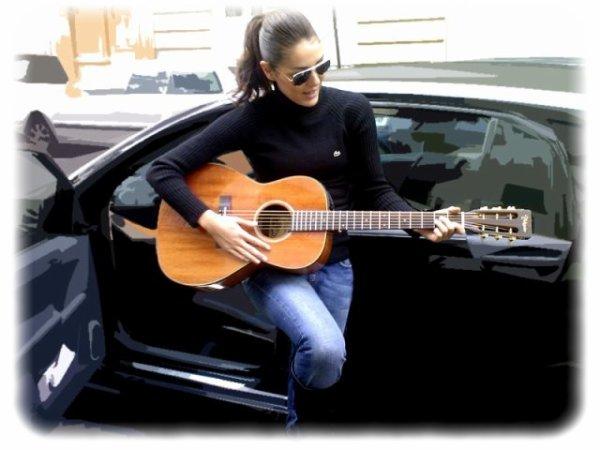 Des infos sur les projets artistiques de Sofia, dont son album solo en préparation, (sortie septembre 2010)