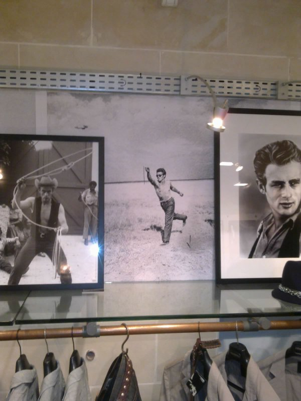 VERNISSAGE /EXPOSITION JAMES DEAN CHEZ RENOMA