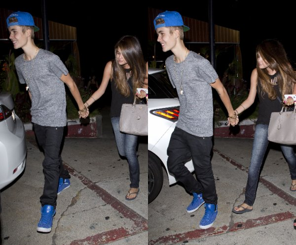 06/07/12:  Selena met de l'essence dans sa voiture à Encino.