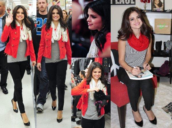 """11/11/12: Selena était à New York afin de promouvoir sa collection"""" Dream Out Lourd""""."""