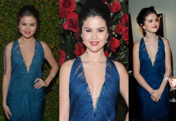 """11/01/13: Selena à été apperçu quitant le restaurant """"Boa Steakhouse"""" à West Hollywood."""