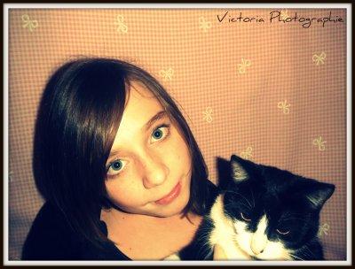 Victoria (: