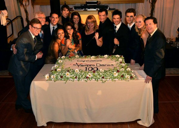 The Vampire Diaries 100e célébration de l'épisode par Addict TV