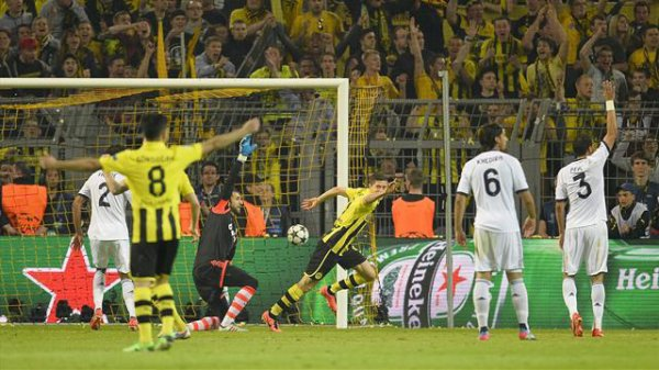 Dortmund - Real Madrid (4-1) : le Borussia et Lewandowski passent la deuxième couche