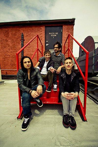 Une nouvelle photo du groupe est désormais disponible ! Vous aimez ?