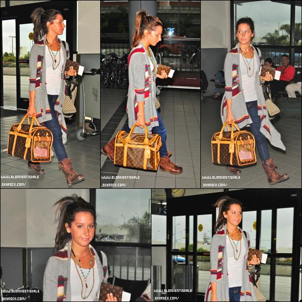 .    FLASHBACK: la dernière apparition d'Ashley datait du 24 Octobre à l'aéroport LAX  Que pensez-vous de sa tenue?                             .