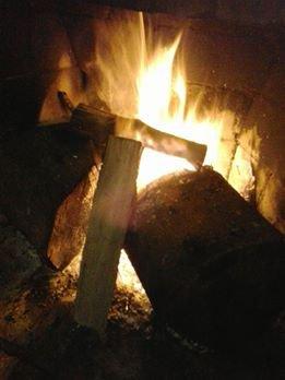 Lenhas na fogueira