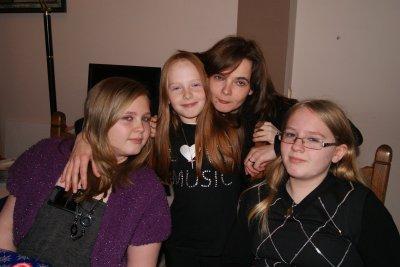 me voici avec 3 de mes filles