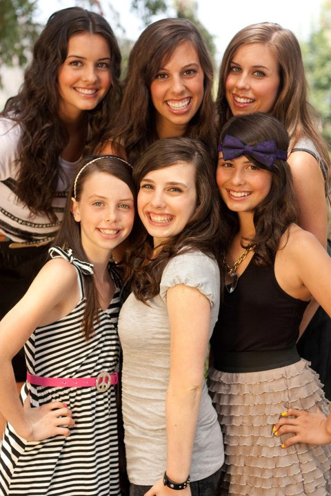 Introducing Cimorelli.