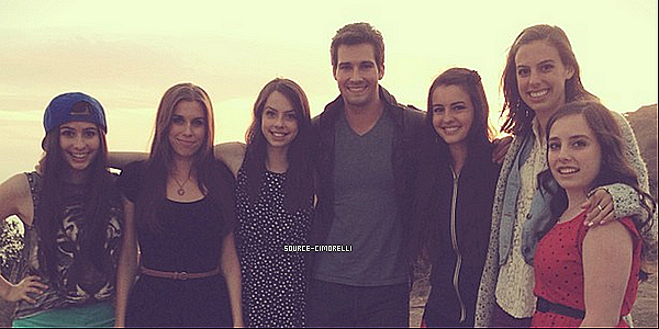 Nouveau cover :Mirrors de Justin T feat James Mslow / Les Cimorelli ont fait un photoshoot pour Micah Smith (3)  /