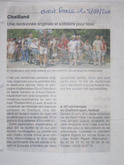 Article N° 17 Ter - 02 juillet 2011. Rando avec le Foyer Thérèse Vohl de Laval et l'amicale des pompiers de Chailland + Article de presse