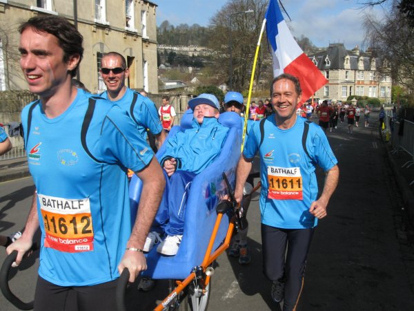 Article Hors série 11 mars 2012 - sur Marathon Soleil au semi-marathon de Bath en Angleterre