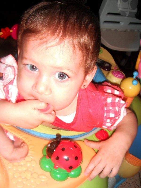 M fille a eu 8mois le 12 avril 2012