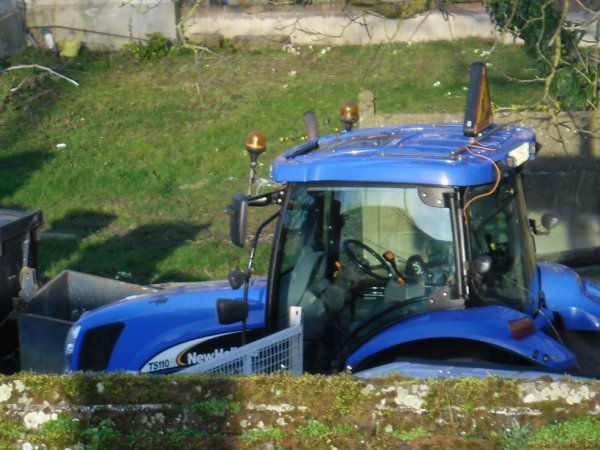 new holland T7 050