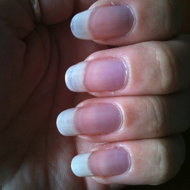 Ongles au naturel