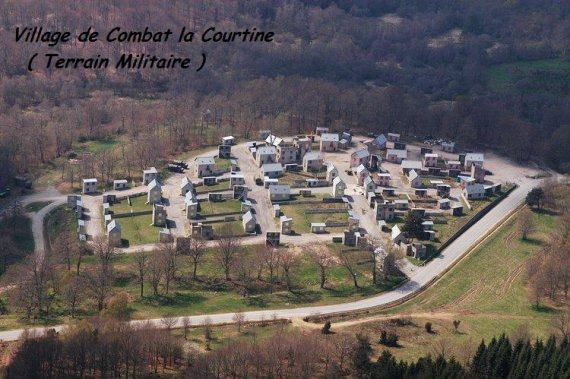 Op Village de Combat ( la Courtine II )