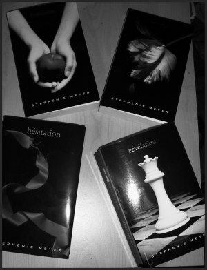 - Saga Twilight, Stephenie Meyer -