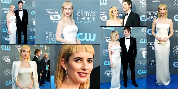 11.01.2018 ─ Emma Roberts était présente lors de la cérémonie des Critics Choice Awards, étant, à Santa Monica.C'est en compagnie de son chéri, Evan Peters, que la belle E. était présente sur le tapis. Sa tenue est magnifique, mais sa coiffure c'est une catastrophe !