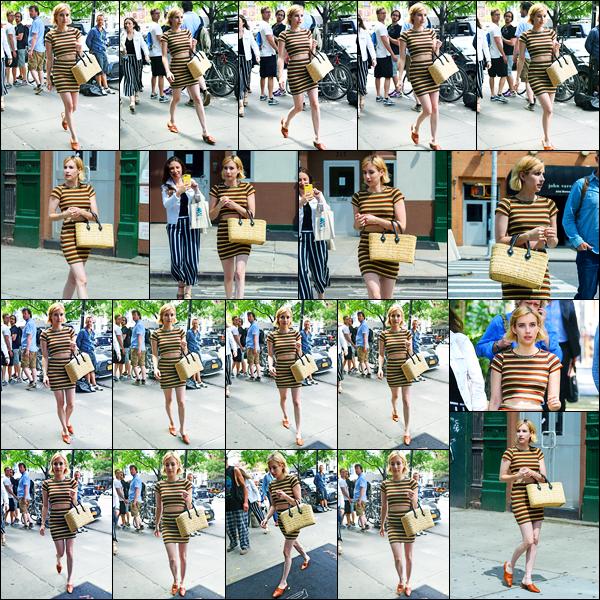 08.08.2017 ─ Emma Roberts a été photographiée, pendant, qu'elle arrivait à son hôtel étant dans New-York City.La belle blondinette est toujours présente dans la ville de New-York City, elle n'était pas très souriante. Concernant sa tenue, c'est un beau top pour moi !