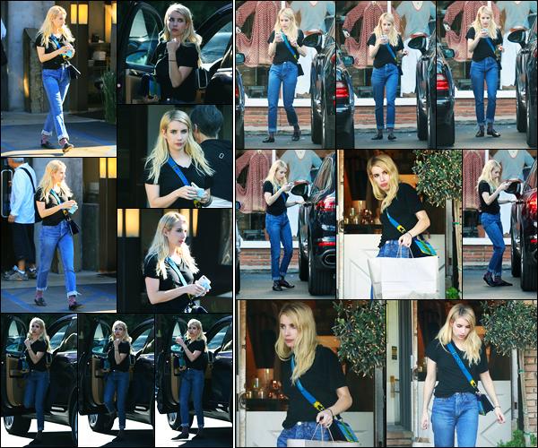 09.11.2017 ─ Emma Roberts a été photographié, alors, qu'elle quittait un restaurant, étant, dans Los Angeles, CA.Plus tard, la belle actrice a été photographiée quittant une boutique après un peu de shopping.. Je la préfère les cheveux courts, et sa tenue est un bof..