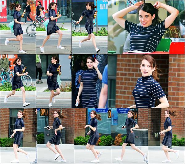 14.06.2017 ─ Emma Roberts a été photographiée alors qu'elle était sur le set du film « Little Italy » dans Toronto.Deux jours après les dernières news, la belle Emma R. est toujours présente sur le tournage. Concernant sa tenue, c'est un très beau top de ma part !