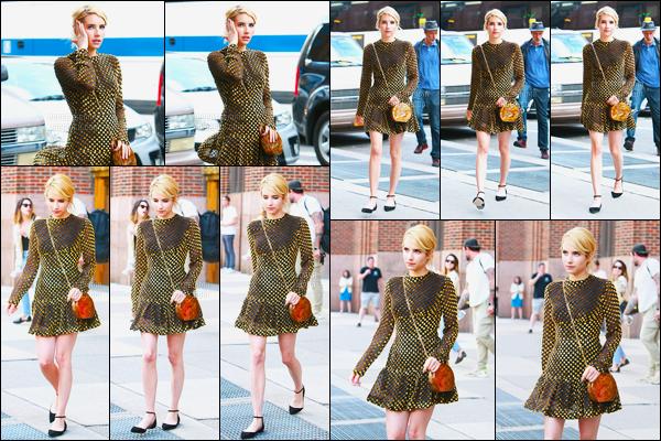 11.07.2016 ─ Emma Roberts a été photographiée, pendant, qu'elle arrivait chez Elvis Duran, dans New-York City.Lors de cette interview, pour la promotion de Nerve, Emma était très souriante, ça fais plaisir à voir ! Pour sa tenue, c'est spécial mais jolie, un top !