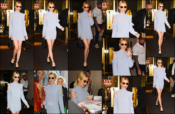14.09.2016 ─ Emma Roberts a été photographiée alors qu'elle quittait les studio de Today Show à New-York City.C'est très souriante que nous retrouvons la belle actrice... Concernant sa tenue, c'est une jolie robe qu'elle portait, c'est un top de ma part, et vous ?!
