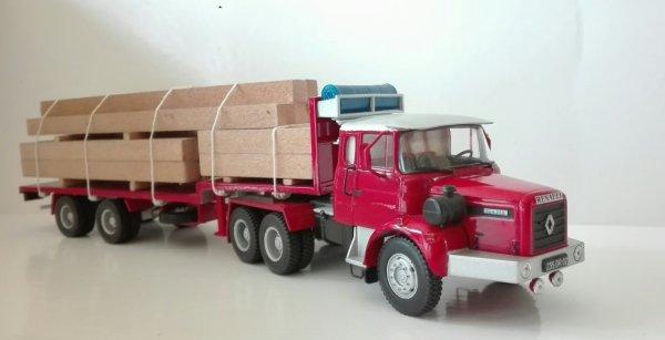 C'est ma première réalisation d'une cabine profonde sur un nez long sur la base d'un Renault GBH 6x4 ( Hachette camions de pompiers ) d'autres modèles verront le jour dans cette configuration ( 1 willème  2 Berliet 2 Scania 1 Magirus et 1 Mercedes )