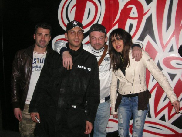 manik et saylla  dans l'émission sam&sam du 12fevrier... lien : manik-officiel.skyrock.com