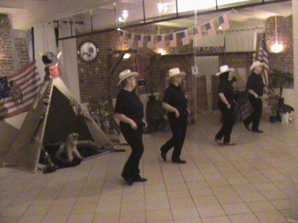prestation de danse a raucourt le 10/05/2012