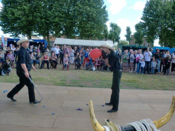 show fouet et lasso a harnes le 26 aout 2012