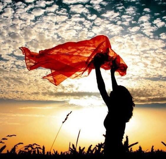 """""""Je lève mes yeux vers toi qui sièges dans les cieux. Voici : comme les yeux des serviteurs se tournent vers la main de leurs seigneurs, et les yeux de la servante vers la main de sa maîtresse, ainsi nos yeux se tournent vers l'Éternel, notre Dieu, jusqu'à ce qu'il nous fasse grâce. Fais-nous grâce, Éternel, fais-nous grâce ! […]"""" Psaumes 123.1-3"""