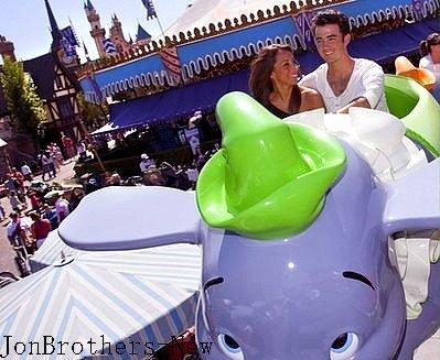 Kévin & Danielle A DisneyLand .
