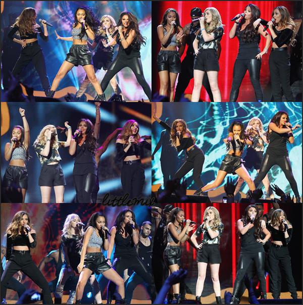 20/11/13 Little Mix ont fait une performance au concert annuel Cheerios Childline Concert