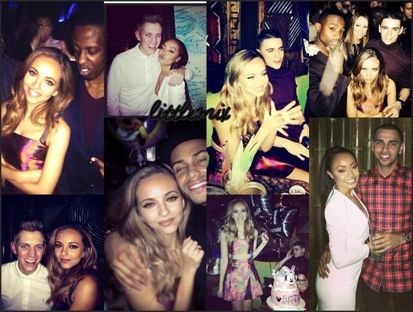 20/12/13 Voici des photos personnelles prises lors de la fête d'anniversaire de Jade.   (son anniversaire est le 26/12, elle l'a fêté plus tôt, elle va avoir 21 ans)