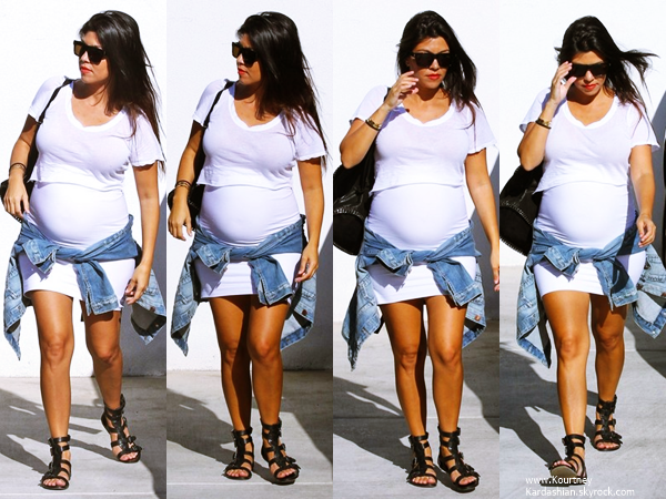 02/09/2014 : Kourtney arrivant/quittant la boutique de décoration La Cienega Design Quarter à Beverly Hills.