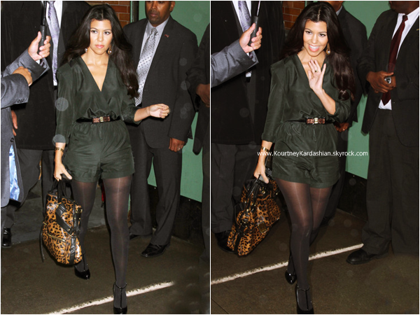 07/09/2011 : Kourtney quittant les studios de l'émission Good Morning America à New-York.