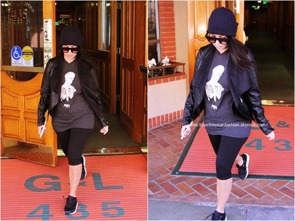 15/01/2015 : Kourtney quittant un bureau à Beverly Hills.