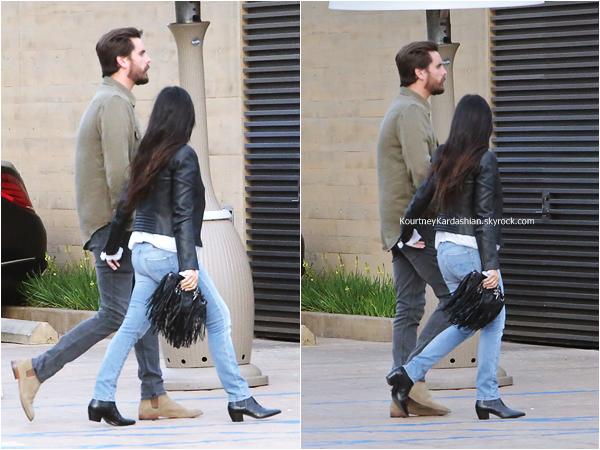 26/05/2015 : Kourtney et son fiancé Scott se rendant au restaurant Nobu à Malibu.
