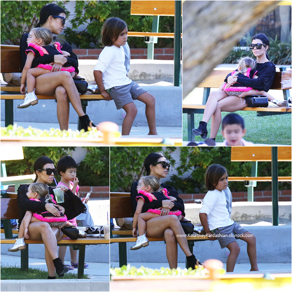 29/08/2015 : Kourtney et ses enfants s'amusant dans un parc à Malibu.