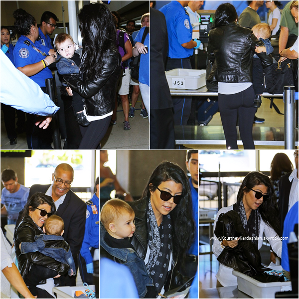 20/09/2015 : Kourtney et son fils Reign arrivant à l'aéroport LAX de Los Angeles.