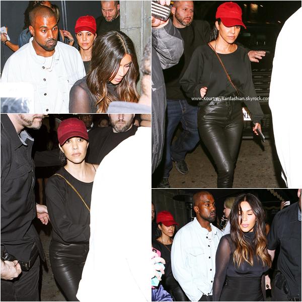 23/03/2016 : Kourtney et sa famille se rendant au concert de Justin Bieber à Los Angeles.