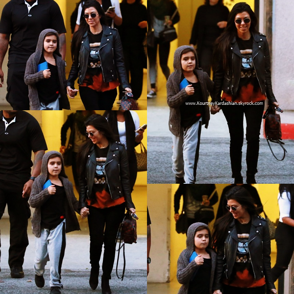 17/01/2017 : Kourtney et son fils Mason arrivant/quittant un cours d'art à Woodland Hills.